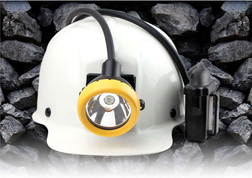 Professional LED miner's cap lamp brightness of 11000lux! 16hours working time safety reliable long life span of 10000hours. IP68 diving certificated.